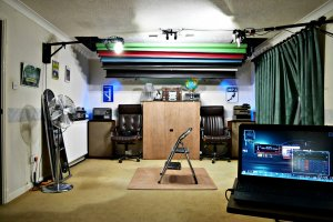 2016-10-09 Studio lit by LED