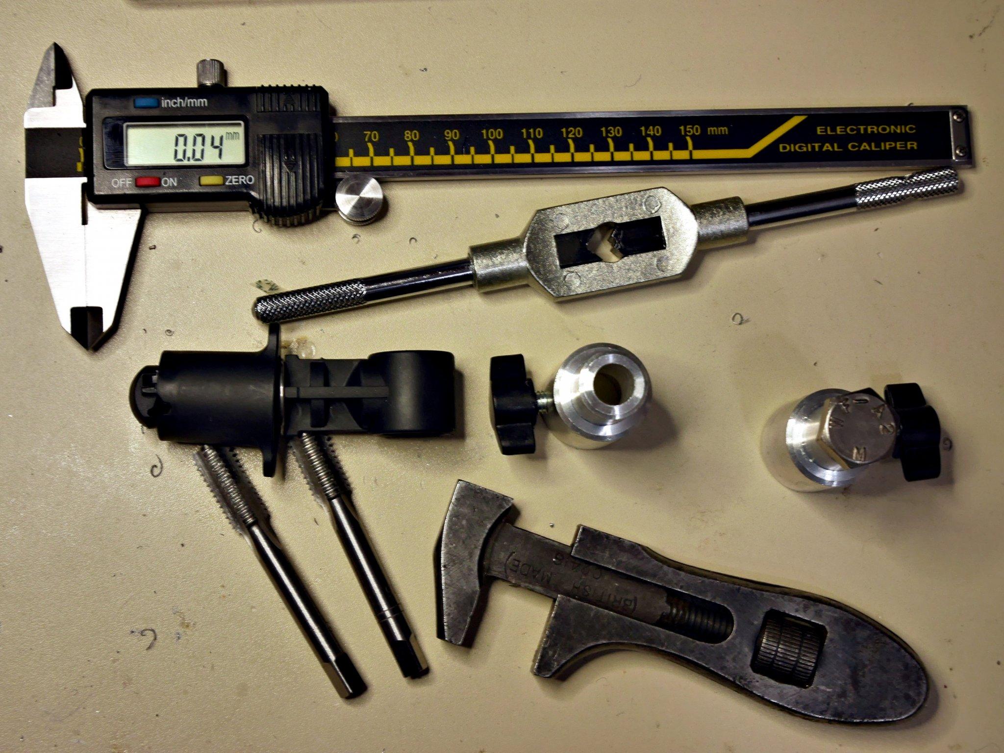 20161219-p1790429-tools