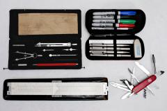20201217-p2410506-drawing-set-pencil-case-slide-rule-swiss-army-knife